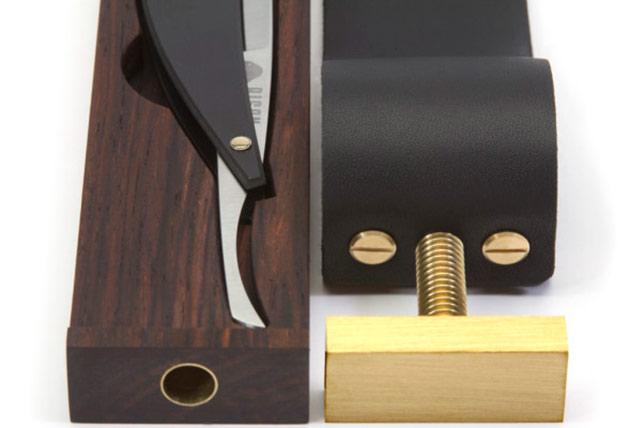03-Bison-Paddle-Strop-Razor-Case