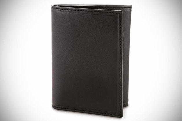 03-Smartphone-Charging-Wallet