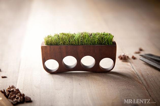 05-Grass-Knuckles