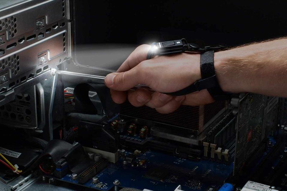 Наручный фонарик Hand Mount Tool Light