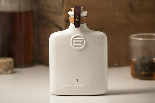 03-Misc-Goods-Ceramic-Flask