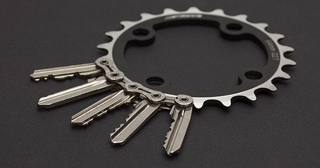 04-Tik-Keychain