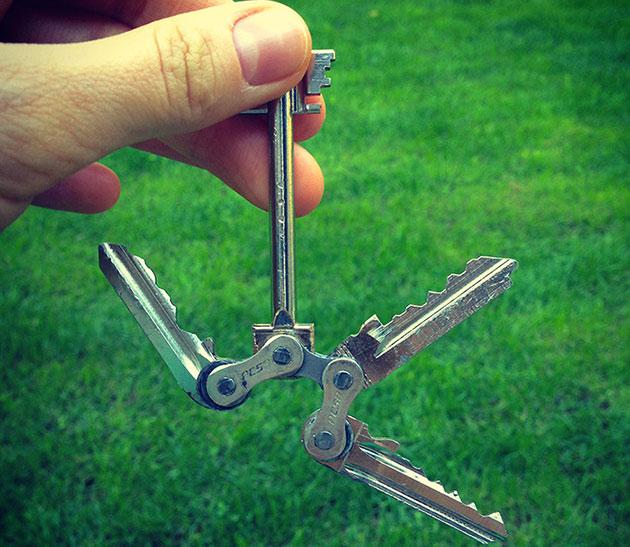 05-Tik-Keychain