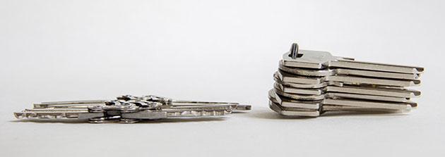 06-Tik-Keychain