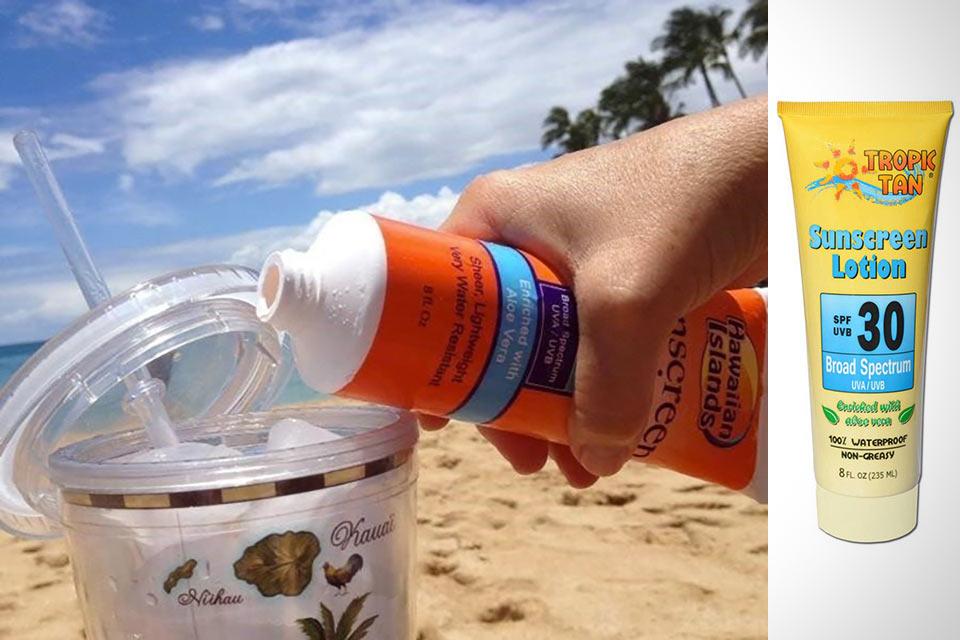 Секретная фляга Boozy Sunscreen Flask в форме тюбика солнцезащитного крема