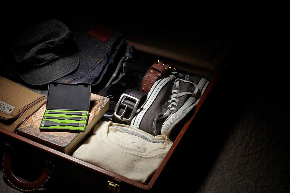 Зарядный набор Mophie USB Travel Kit для путешественника