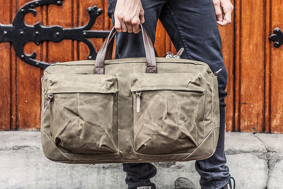 Стильная сумка Tommy Trip Bag для краткосрочных поездок