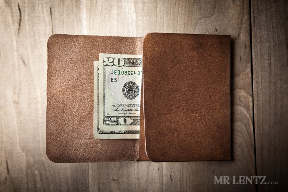 01-Trifold-Wallet