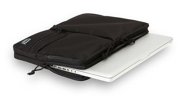 04-MacBook-Module-Sleeve