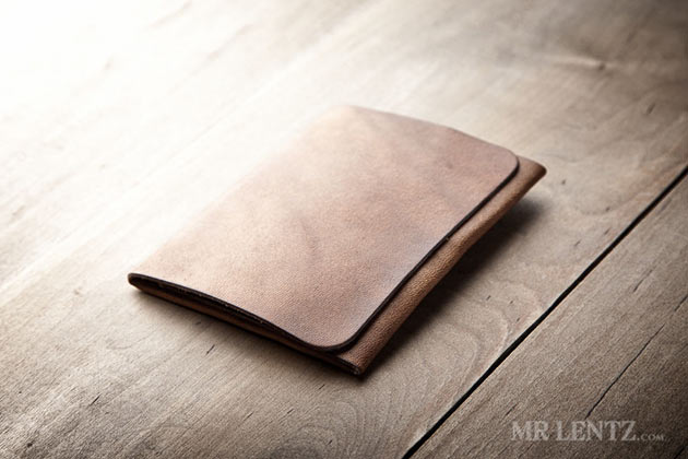 04-Trifold-Wallet