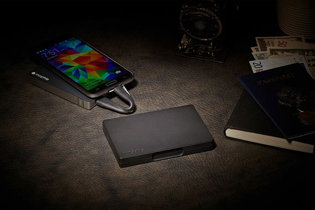 05-Mophie-USB-Travel-Kit