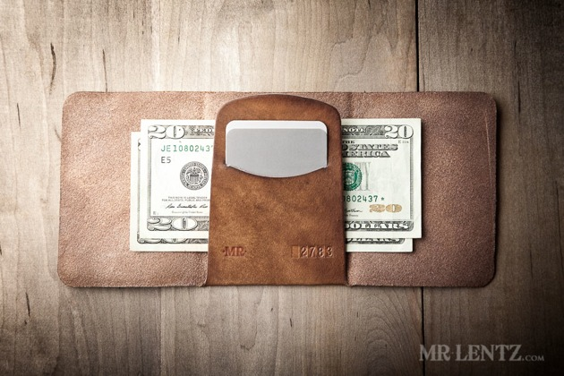 05-Trifold-Wallet