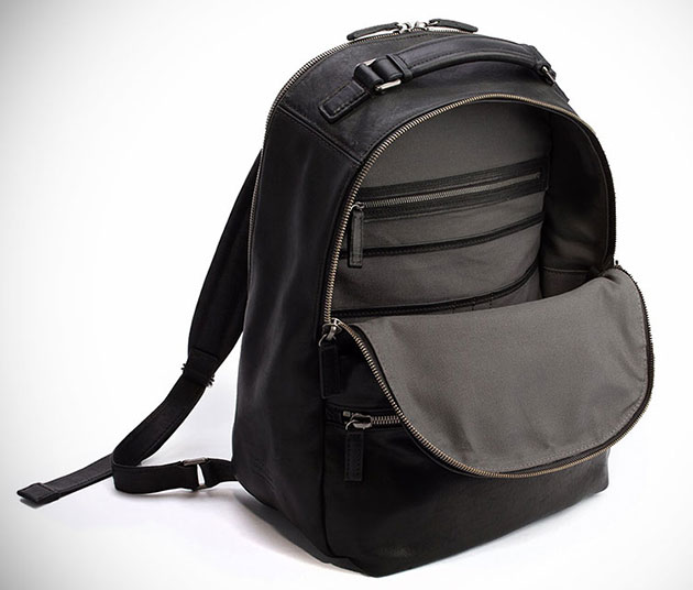 06-Shinola-Runwell-Backpack