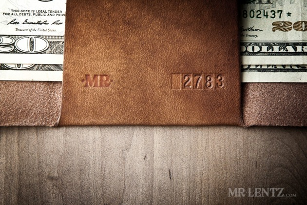 06-Trifold-Wallet