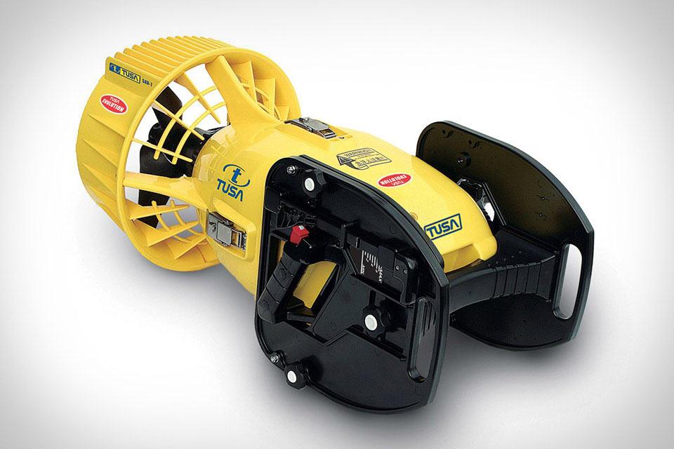 Подводный скутер TUSA SAV-7