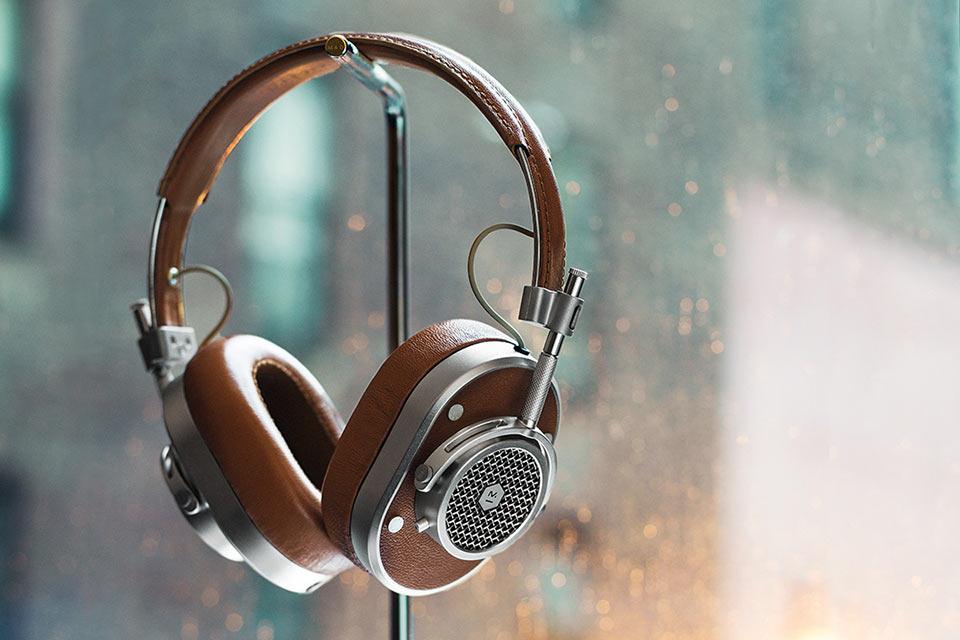Master-Dynamic-Headphones