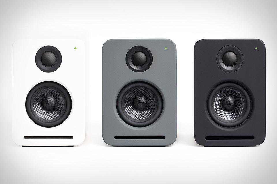 Цветные колонки Nocs NS2 Air Monitors V2 с поддержкой Airplay, Bluetooth и Spotify