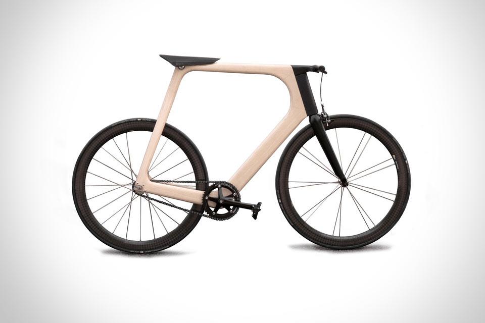 Дизайнерский велосипед Arvak с полой рамой из дерева