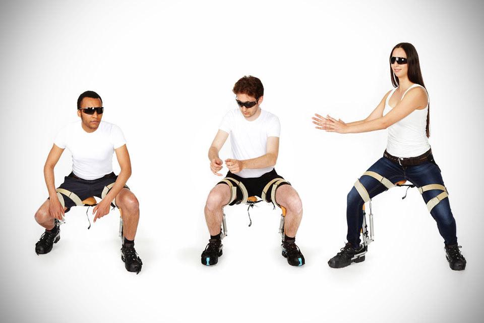 Стул Noonee Chairless Chair в формате экзоскелета