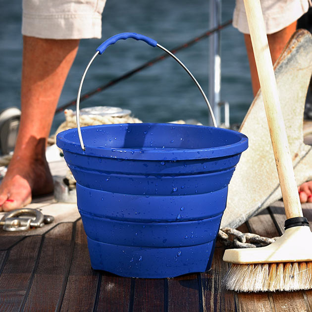 03-Collapsible-Bucket