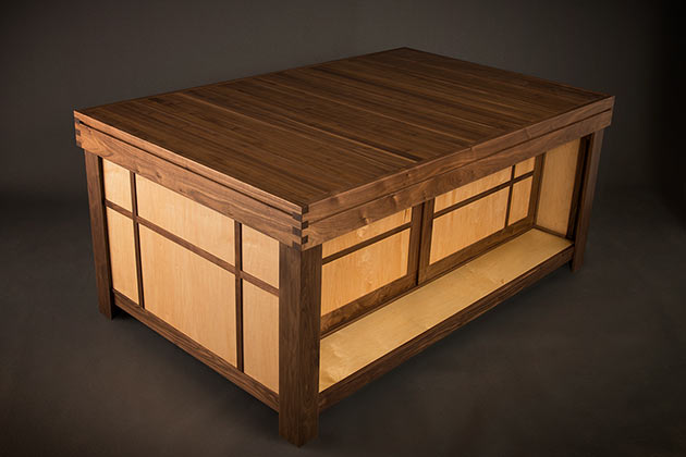 03-Geek-Chic-Gaming-Tables