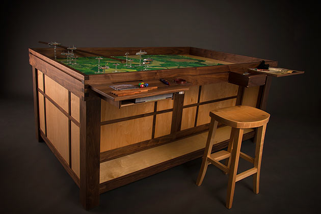04-Geek-Chic-Gaming-Tables