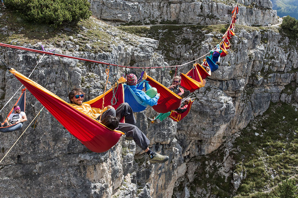Экстремальное приключение International Highline Meeting для не боящихся высоты