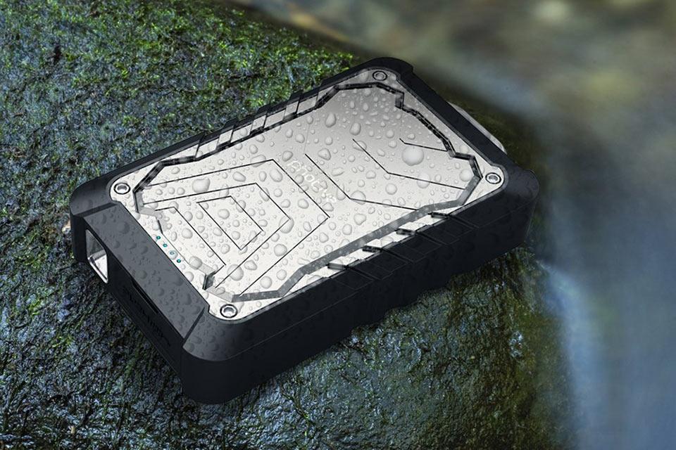 Защищенная внешняя батарея Photive Bolt из металла