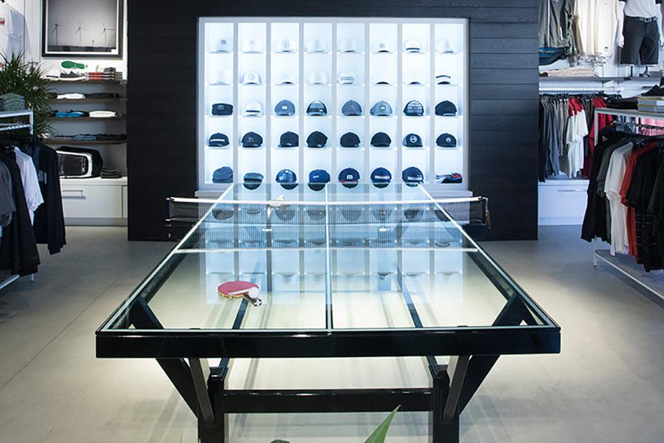 Стеклянный стол для пинг-понга TravisMathew Glass Ping Pong Table