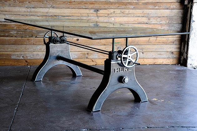 03-Hure-Crank-Table