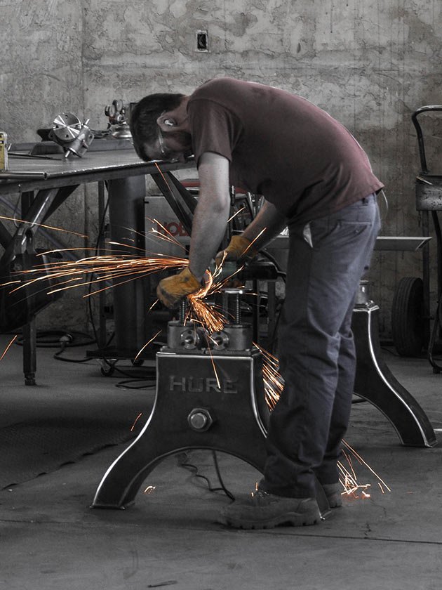 06-Hure-Crank-Table