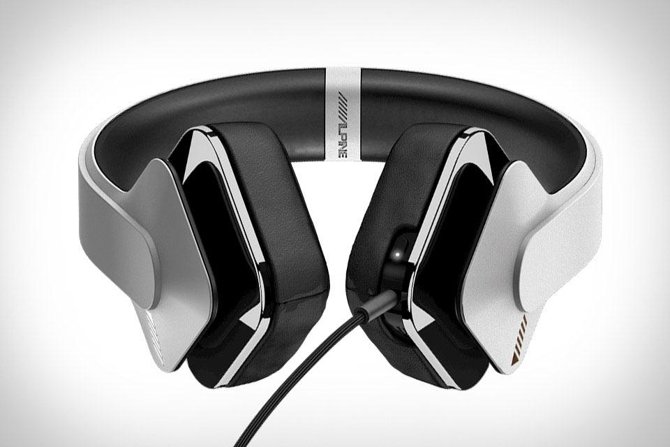 Наушники Alpine Headphones с технологией глубокого погружения в музыку