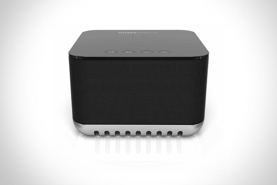 Маленькая Bluetooth-акустика Core с большим стереоэффектом