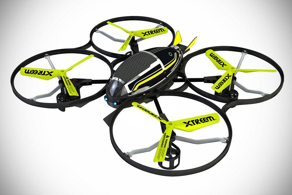 Поднимающийся на высоту 100 м мини-дрон Xtreem Mini Stealth Drone