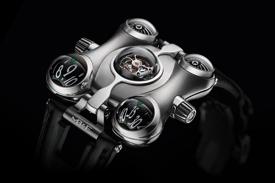 Невероятные часы MB&F Horological Machine 6 с биоморфным дизайном
