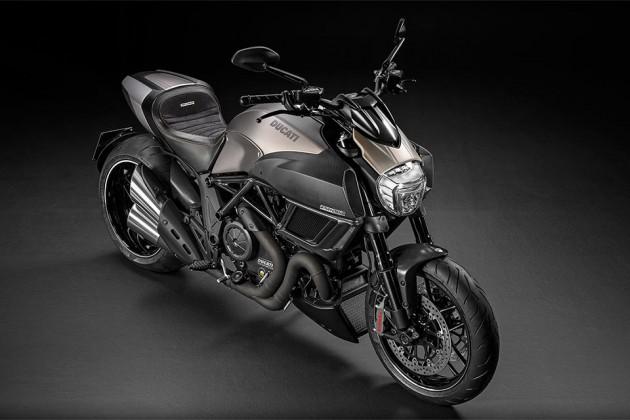 01-Ducati-Diavel-Titanium