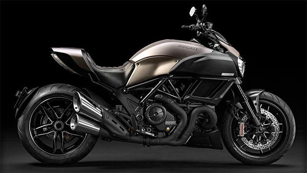 02-Ducati-Diavel-Titanium