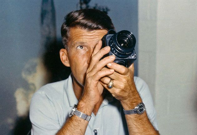 02-First-Hasselblad-in-Space