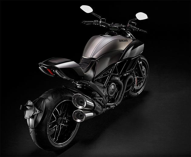 03-Ducati-Diavel-Titanium