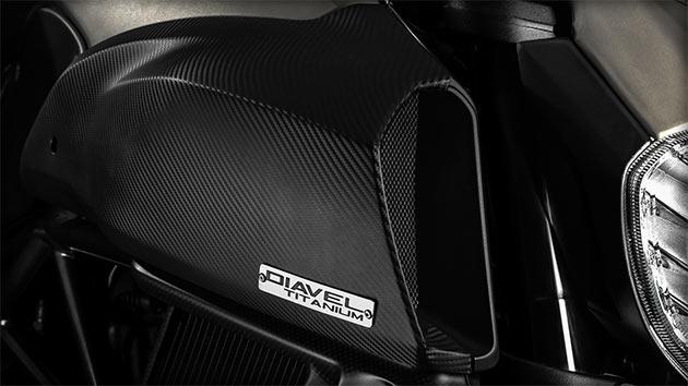 05-Ducati-Diavel-Titanium