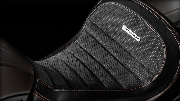 06-Ducati-Diavel-Titanium