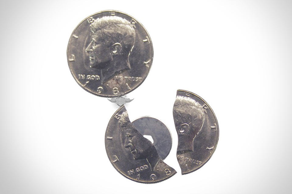 Встроенный в монету нож 5ive Star Gear Coin Blade