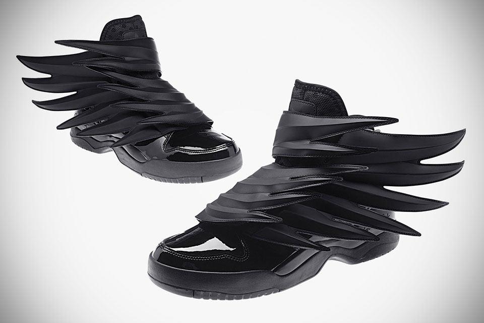Кроссовки Adidas JS Wings 3.0 для Бэтмена