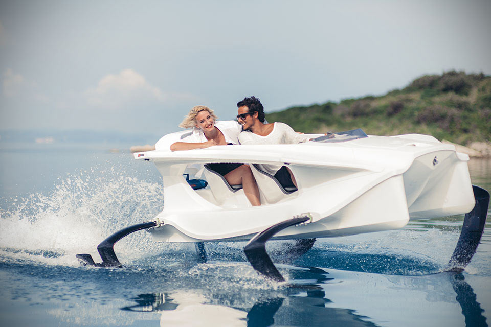 Quadrofoil-Watercraft