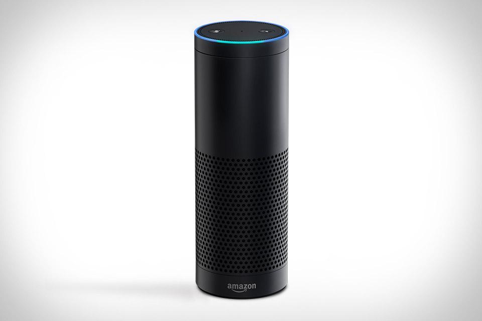 «Умная» музыкальная колонка Amazon Echo