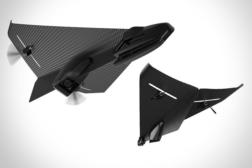 Радиоуправляемый карбоновый самолетик Carbon Flyer с Bluetooth и камерой