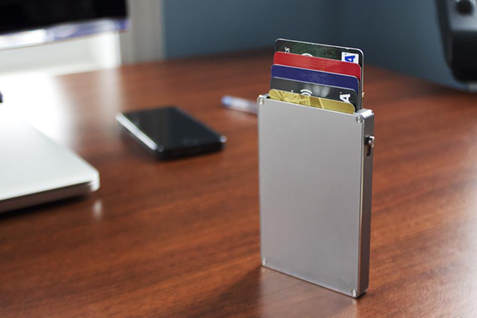 Алюминиевый кошелек Cascade Wallet
