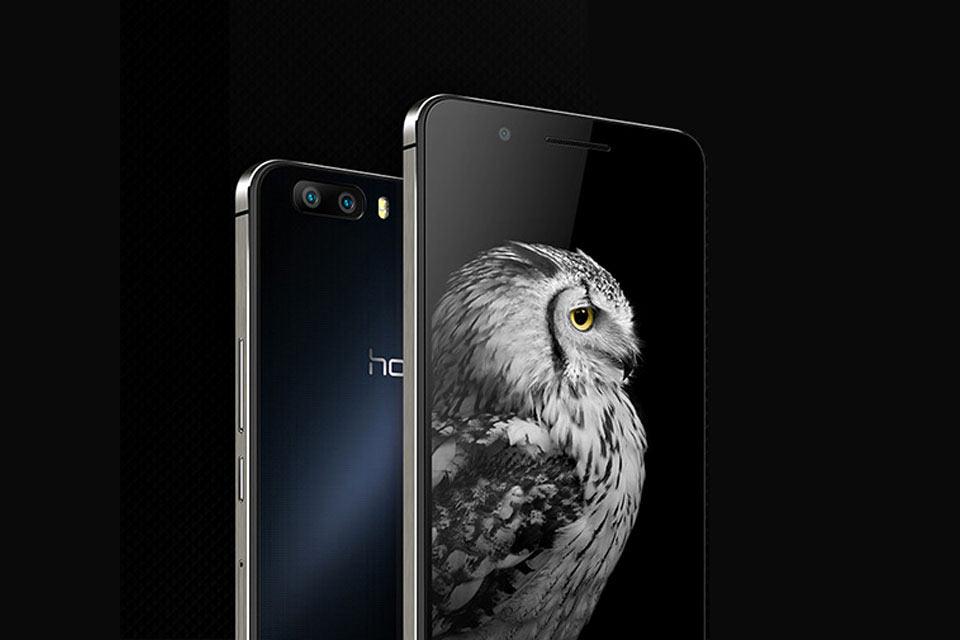Смартфон Huawei Honor 6 Plus с тремя 8 МП камерами