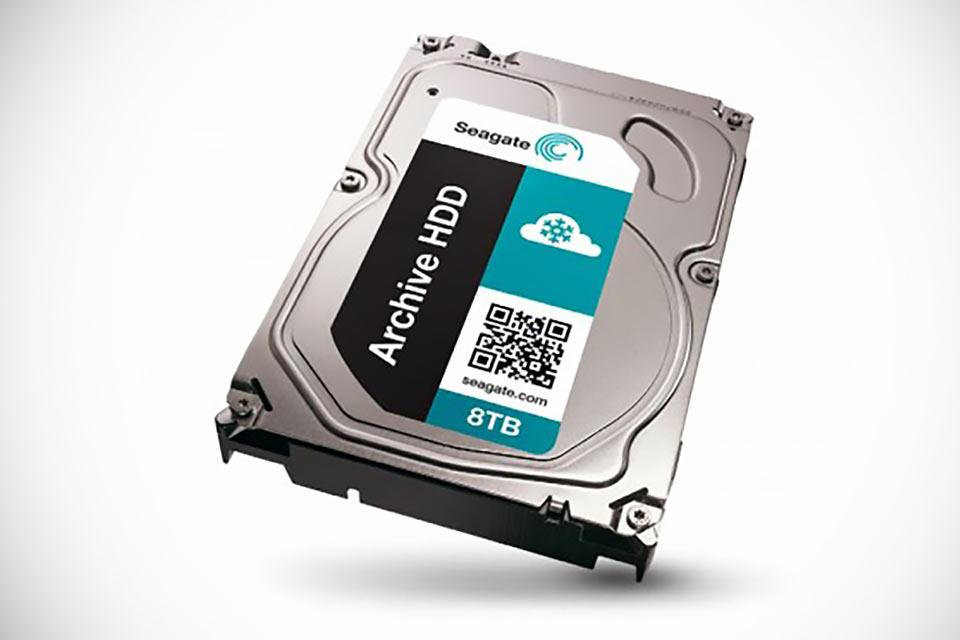 Жесткий диск Seagate ST8000AS0002 емкостью в 8 ТБ