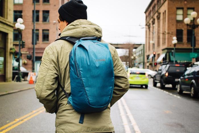pacsafe venturesafe x18 рюкзак